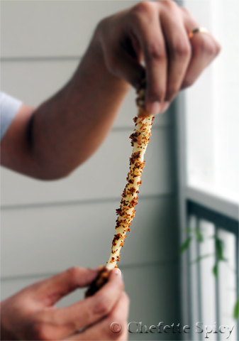 Featuring for the first time on the blog: the hubster pulling an ooey-gooey cheese stick apart !